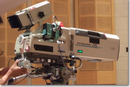 放送用機材を使用しての中継・収録で高品質な映像をご提供。